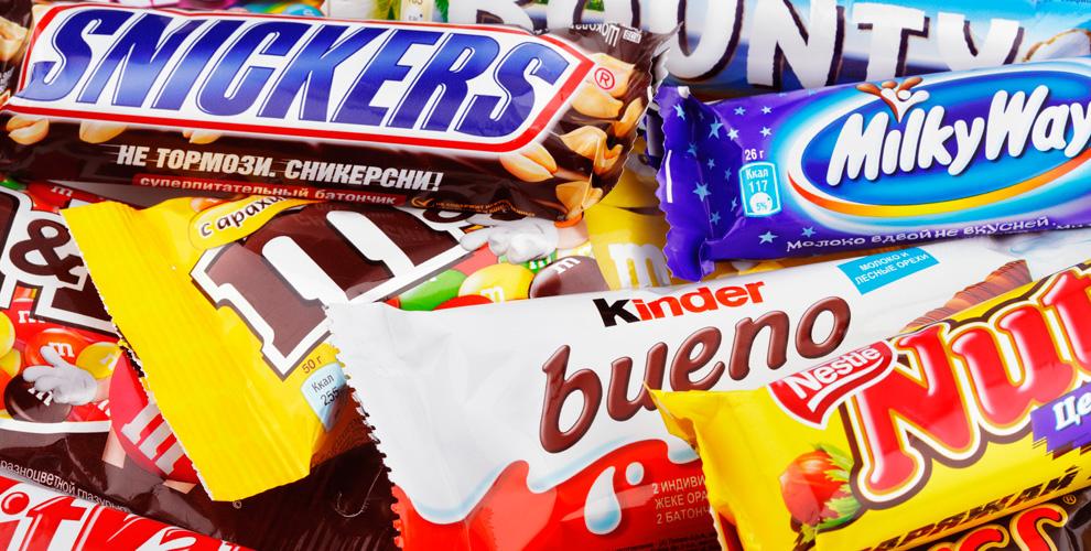 1 кг  шоколадных батончиков и сертификат 1000 руб. в арт-клуб Green Time