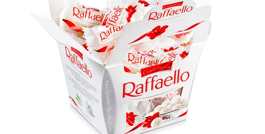 5 коробок Raffaello от студии красоты Liko's