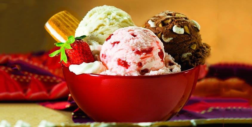 Ведро мороженого, игрушка, виноградный напиток и диск с фильмом от центра Best paint
