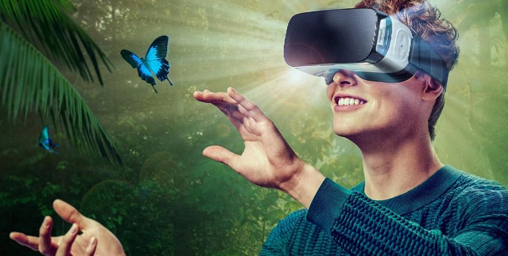 """Очки виртуальной реальности, MP3 Player, наушники и шаверма от кафе """"Котопес"""""""