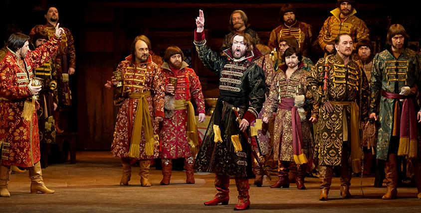 Пригласительные (на двоих) общей стоимостью 3000 руб. на оперы от Государственного академического театра оперы и балета