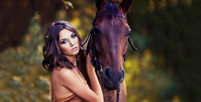 """Сертификаты общим номиналом 13 700 руб. на романтическую конную прогулку, фотосъемку и обед для двоих от КСК """"Баллада"""""""