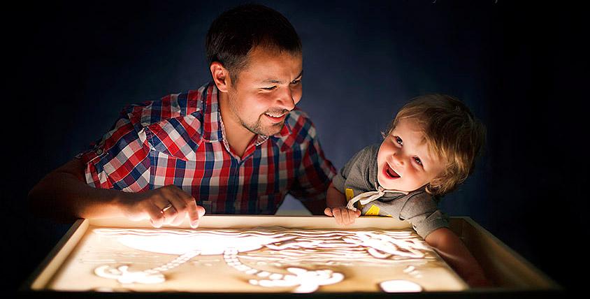 Билеты 4700 руб. на мастер-классы по рисованию песком от компании Sandyart