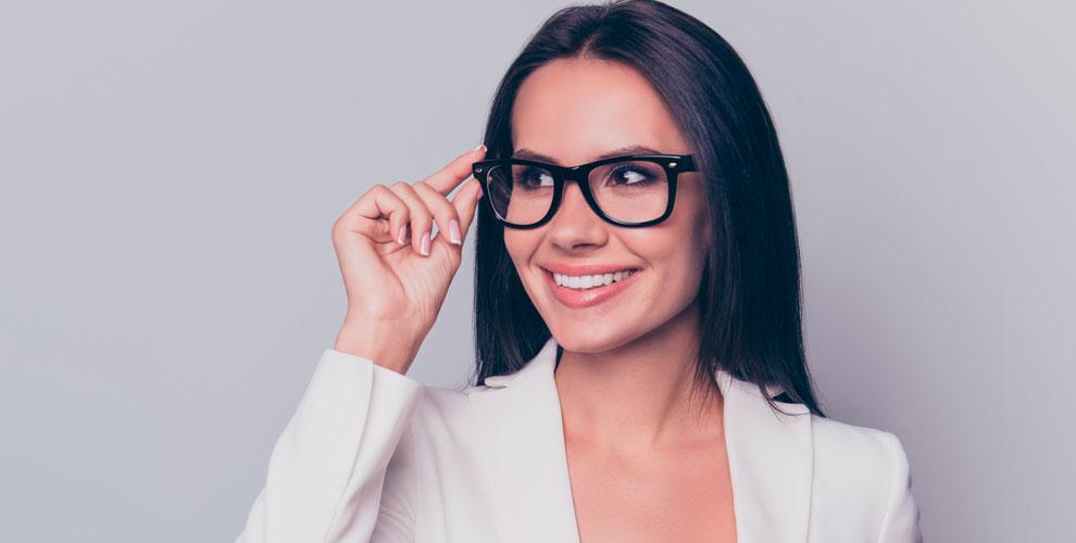 Обследование у оптометриста и изготовление очков в оптике «Прозрение»