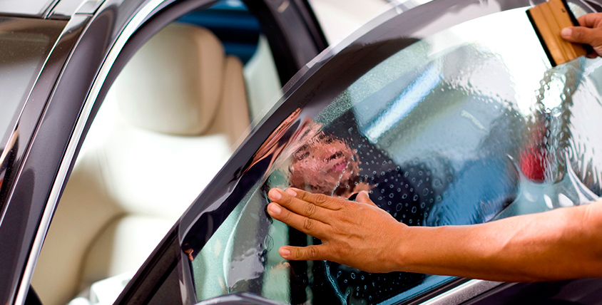 Профессиональное тонирование задних и боковых стёкол в тюнинг-ателье Oh, my car. Стильно снаружи - комфортно внутри!