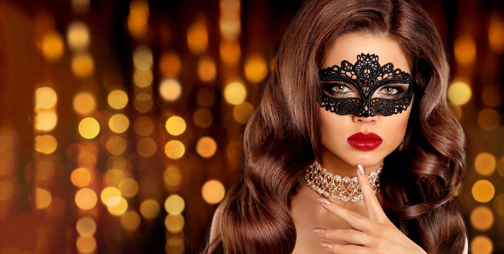 Ногтевой сервис, стрижка, полировка и косметология в студии Beauty Bar