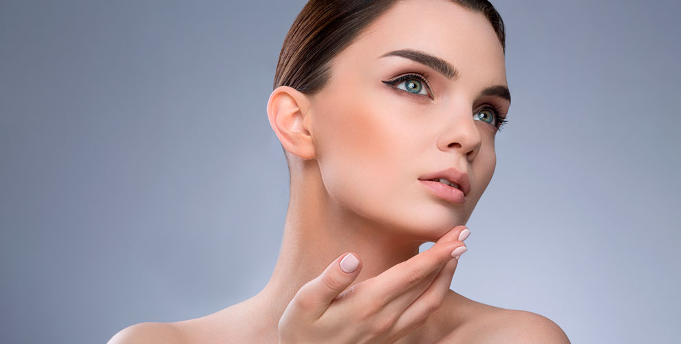 Косметологический кабинет наТеатральной: УЗ-чистка, массаж ипрограммы длялица