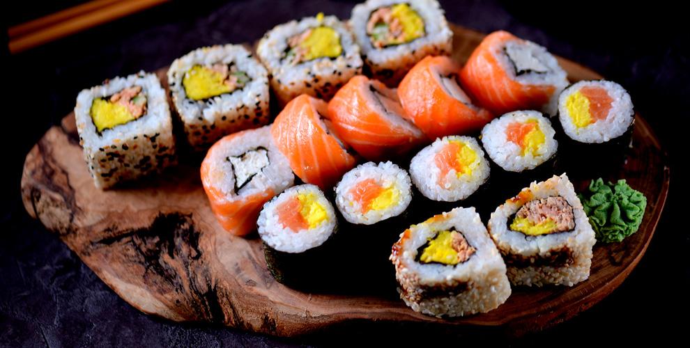 Меню японской кухни и напитки от службы доставки North Sushi