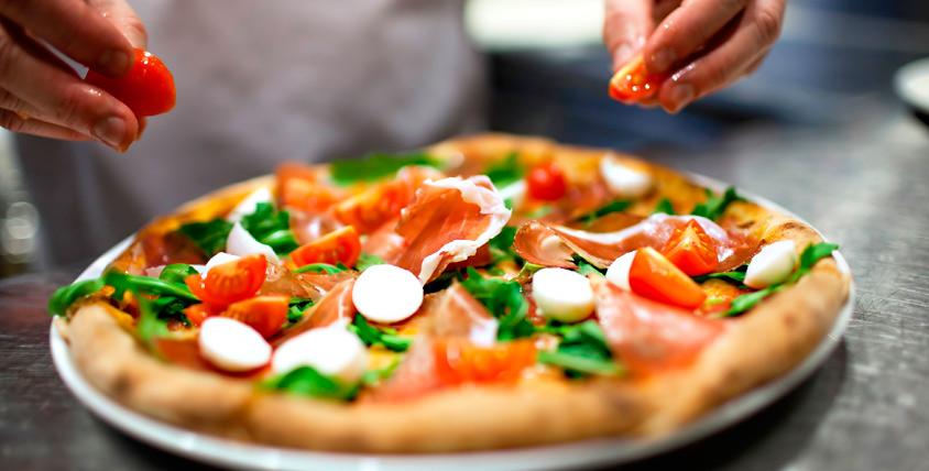 """Осетинские пироги и итальянская пицца от службы доставки """"Городская пекарня"""""""