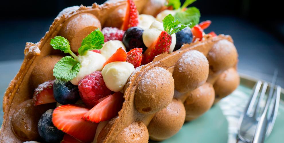 """Наборы """"Вафля + напиток"""" с разнообразными начинками в кофейне Waff&Love"""