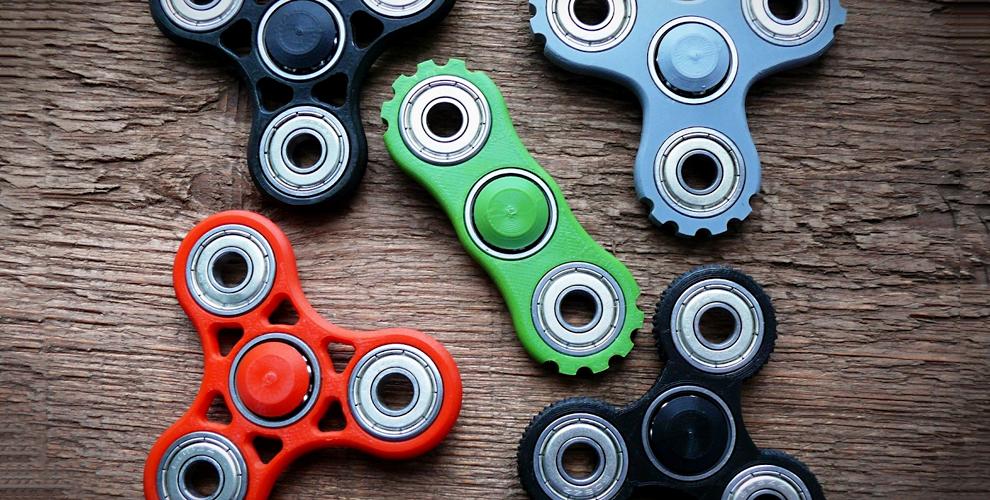 """Популярные игрушки Spinner и конфеты Jelly Belly в фирменных отделах """"Съешь меня"""""""