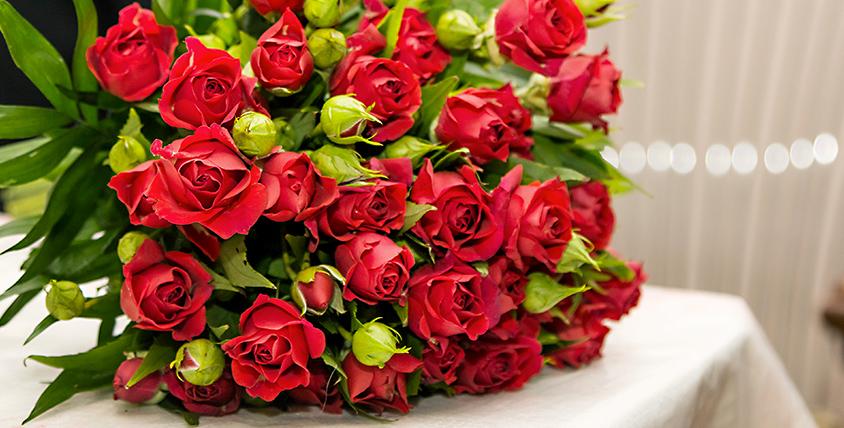 """Салон Florentin - букеты и изысканные цветы ждут вас на """"Аллее цветов"""" возле ДС """"Юность"""""""