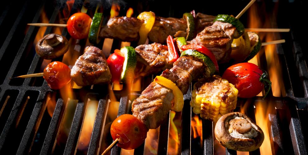Шашлык, люля-кебаб, овощи-гриль, плов ишаурма вкафе Euro