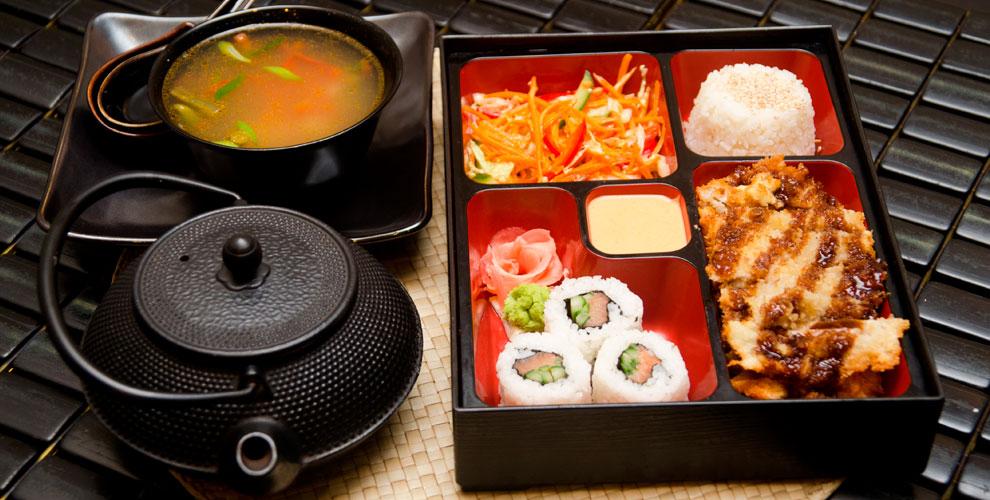 Роллы, суши, сеты, супы исалаты отслужбы доставки «Сяки-Маки»