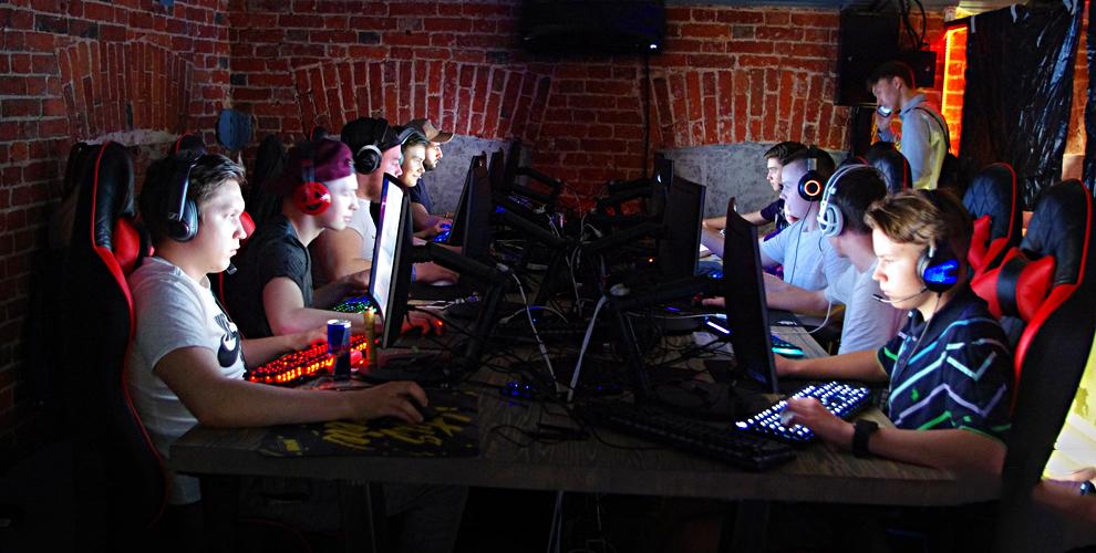 Игра в PlayStation 4 для компании до 4 человек в киберспортивном лаунже High Ground