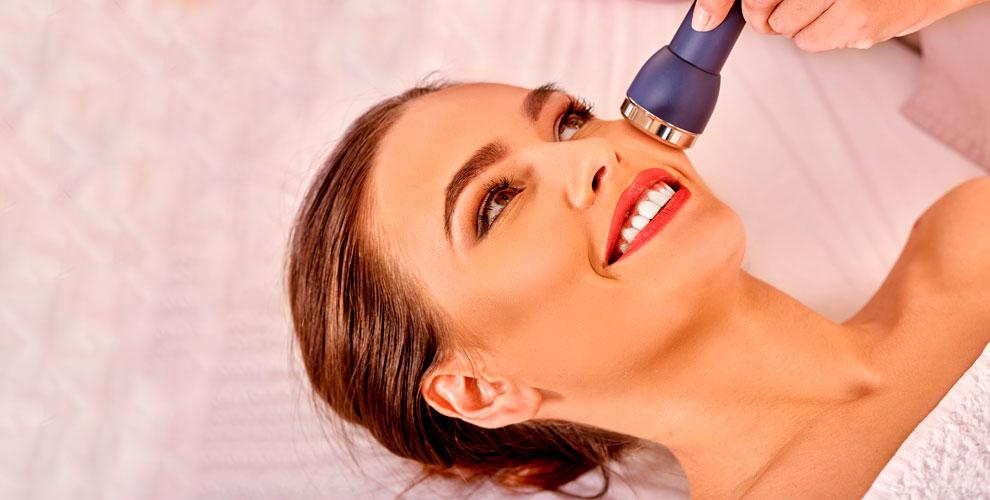 Увеличение объёма губ, фотоэпиляция и другое в клинике Mon Amie