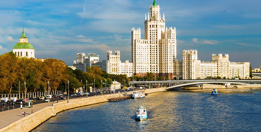 Речные прогулки по центру столицы от группы компаний «РПК»