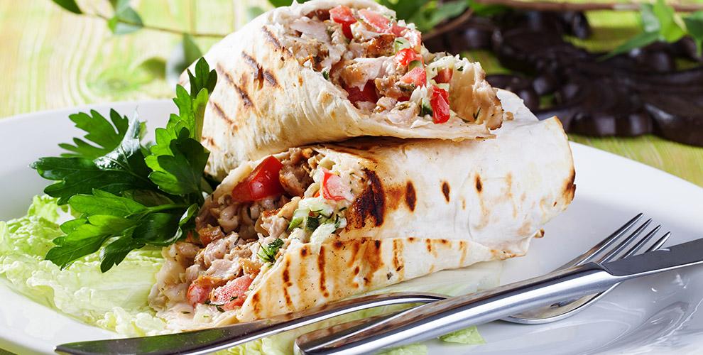 «Хайтек»: шаурма по-самарски, по-питерски, по-арабски иразличные салаты