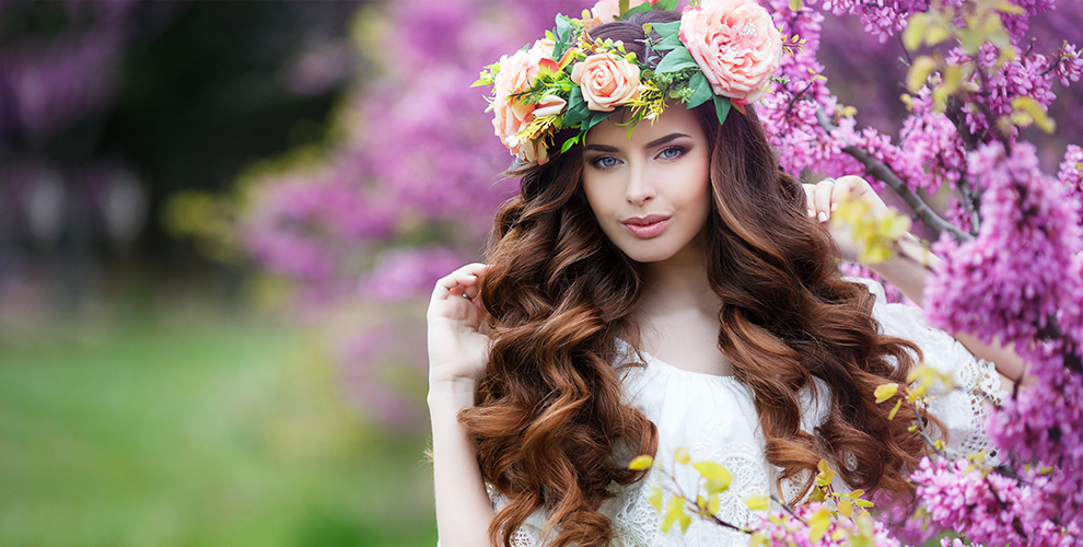 Стрижки, окрашивание волос, оформление бровей и другое в салоне красоты Bellezza