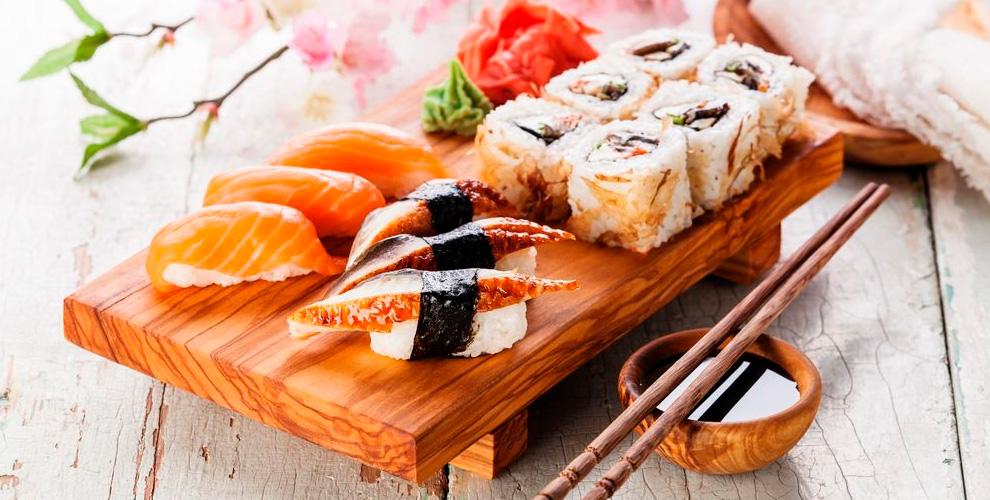 Cлужба доставки «Сяки-Маки»: роллы, суши теплые, сеты, супы, салаты, напитки, соусы