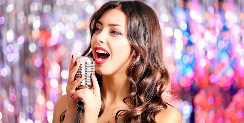 Занятия по вокалу, игре на гитаре, фортепиано в музыкальной школе Екатерины Заборонок