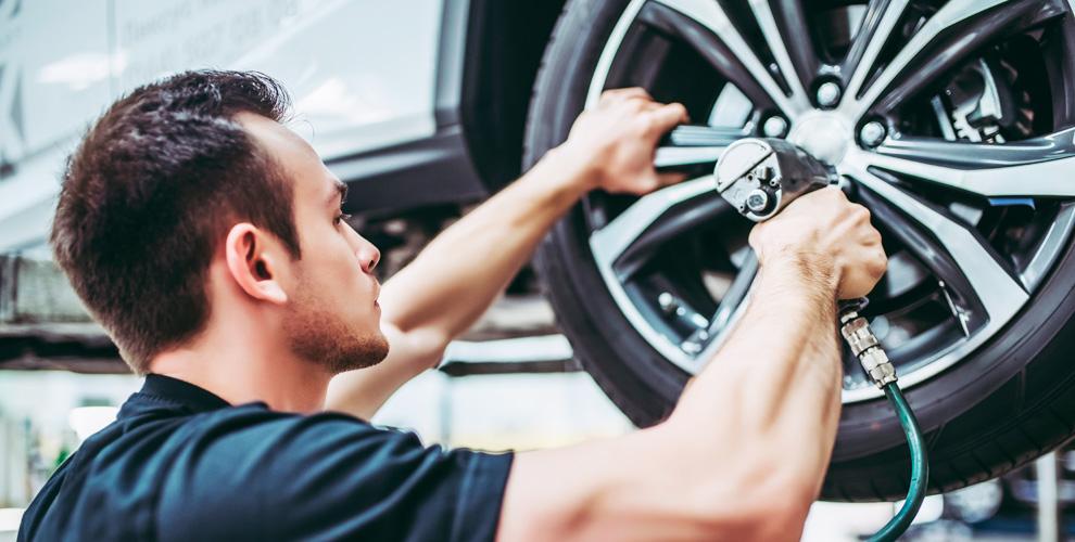 Шиномонтаж легкового автомобиля, кроссоверов, минивенов и не только в «АвтоШинМастер»
