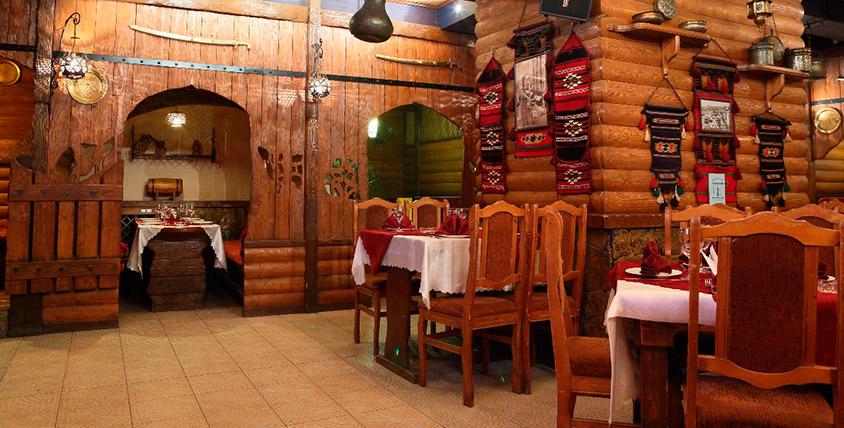 """Большой выбор блюд арабской и европейской кухни, а также проведение банкета для компании до 60 человек  в кафе """"Дамаск"""""""