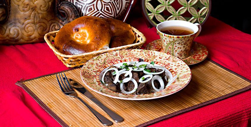 """Все основное и банкетное меню восточной кухни за половину стоимости в кафе """"Салам"""""""