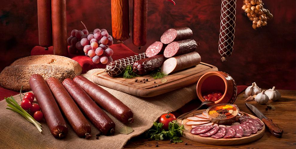 «Продукция собственного производства»: колбасы навыбор, сервелат ипельмени