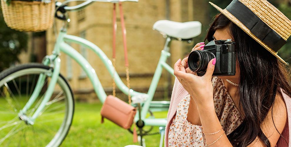 Фотопрогулки по Самаре: выездная фотосессия и видеоролик, макияж и прическа