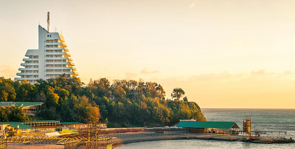 Проживание в отеле «Европа» в центре г. Анапа вблизи Черноморского побережья