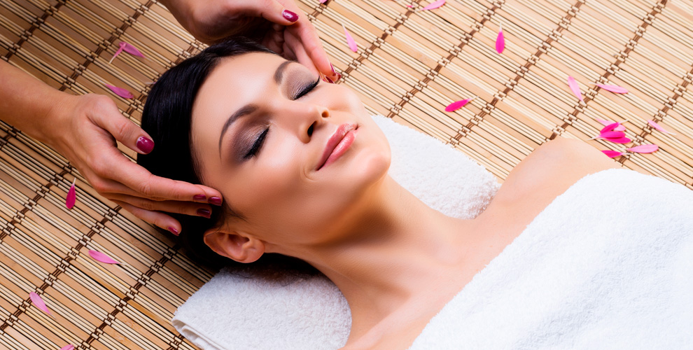 Косметолог, сеансы классического и японского массажа в салоне Bonita pro