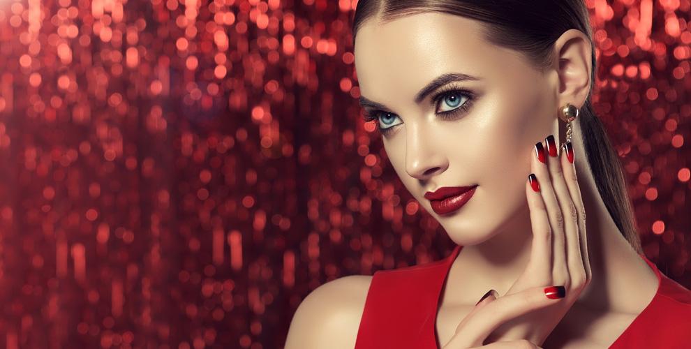 Маникюр, педикюр, покрытие ногтей гель-лаком иперманентый макияж встудии «Эстетика»
