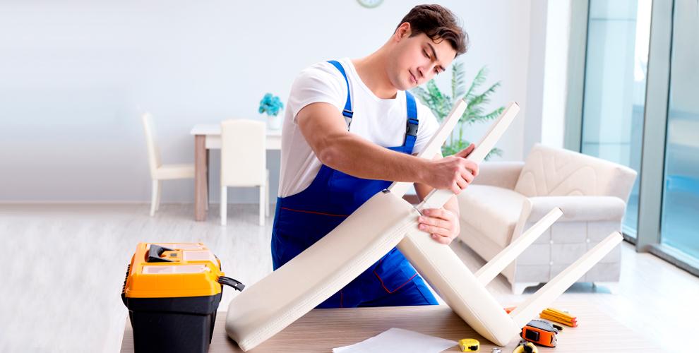 Компания по перетяжке мягкой мебели предлагает свои услуги