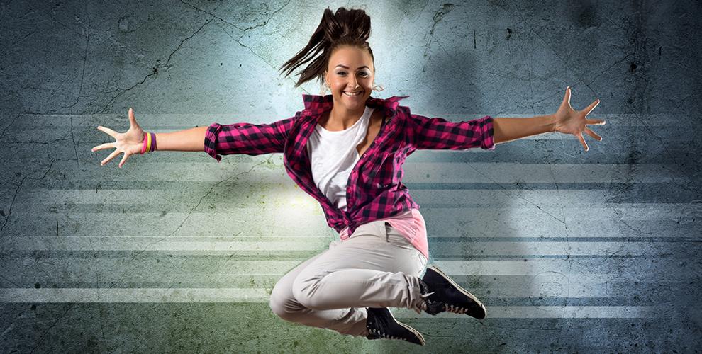 Занятия акробатикой, хореографией ипостановка свадебного танцавклубеSKY