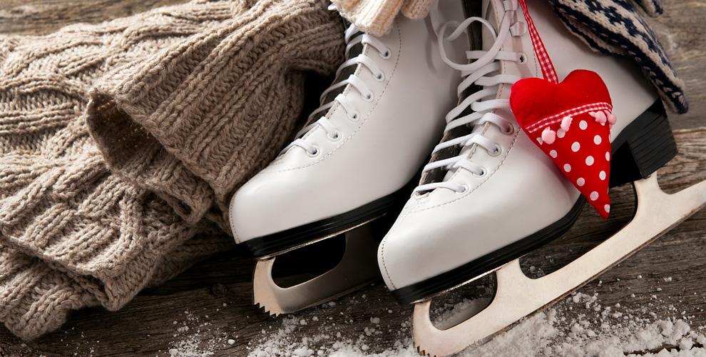 Ночное катание и прокат коньков на всю ночь в ледовом дворце «Морозово»