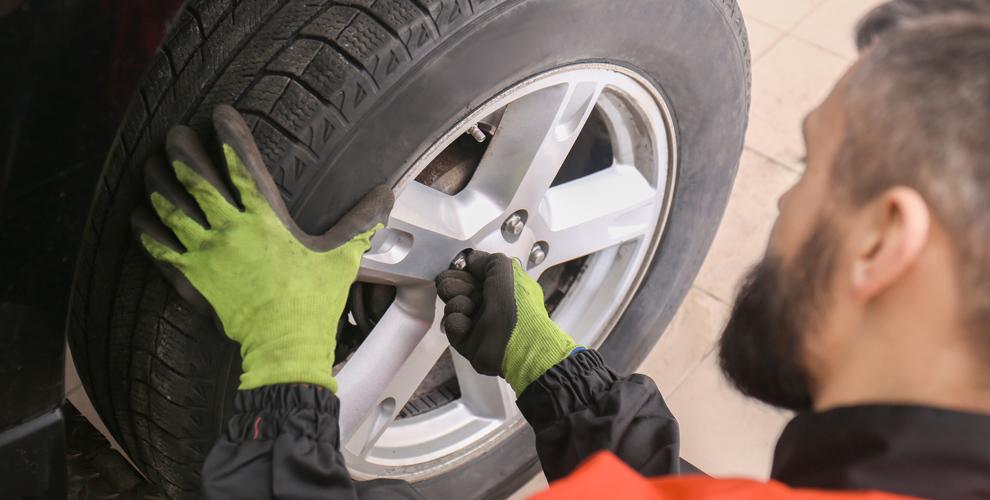 Шиномонтаж колес легкового автомобиля в автосервисе AV-MOTORS