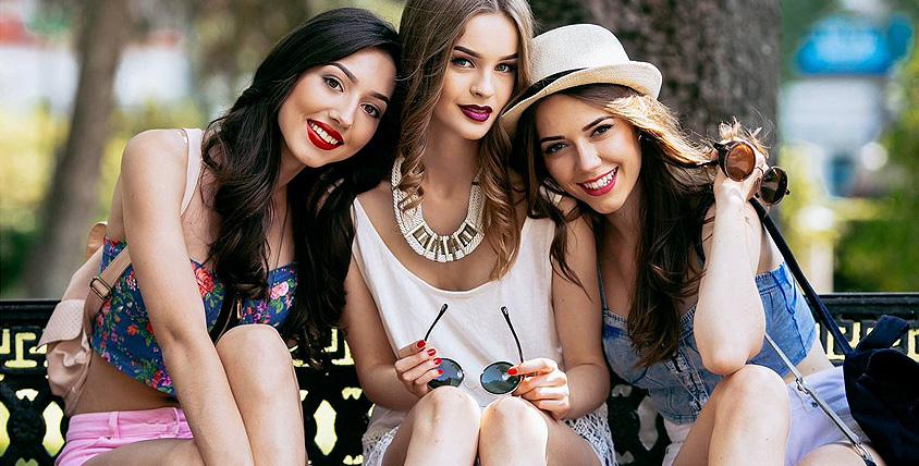 Красивые вещи не должны стоить дорого! Платья, куртки, ветровки и стильная обувь в салоне женской одежды Fashion Factory