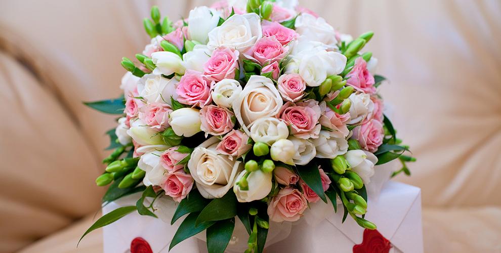 Разнообразные цветы и праздничные букеты от компании Flower every day