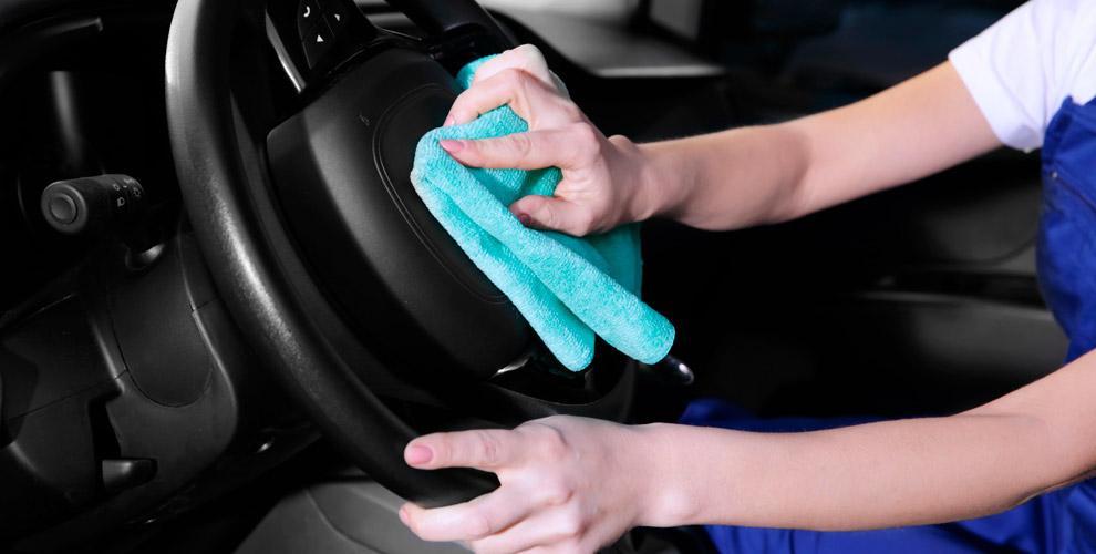 «Студия поуходу заавтомобилем»: полировка, химчистка салона итонирование стекол