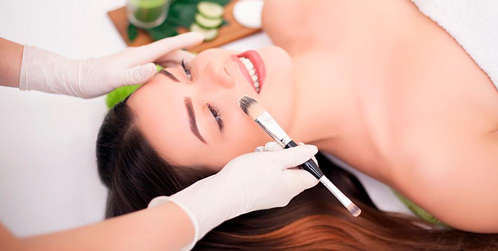 Пилинги, карбоксотерапия, чистки лица, массаж от кабинета косметологии Sandra