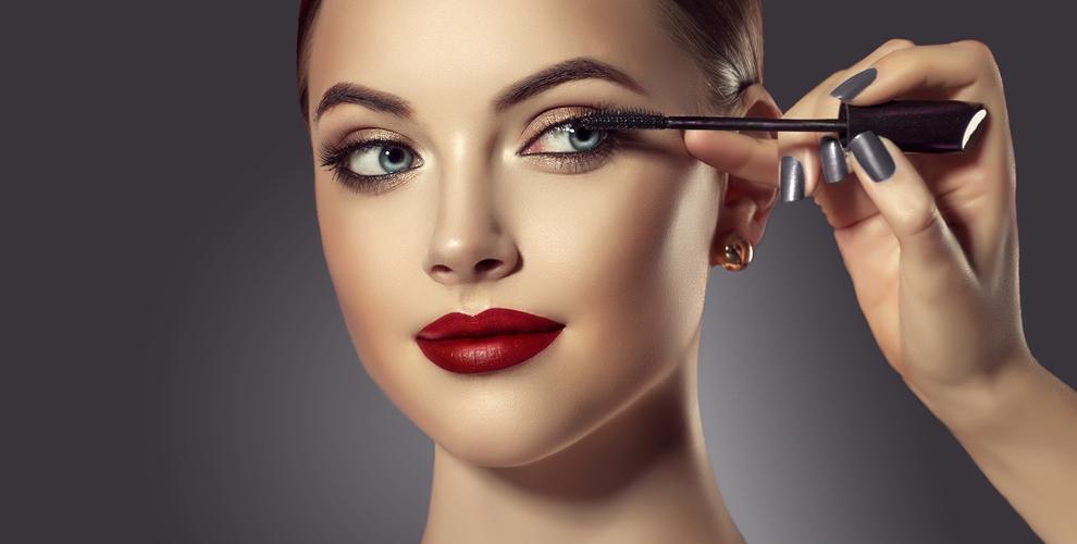 Наращивание ресниц, макияж, маникюр сгель-лаком всалоне красоты MILK & SPICE