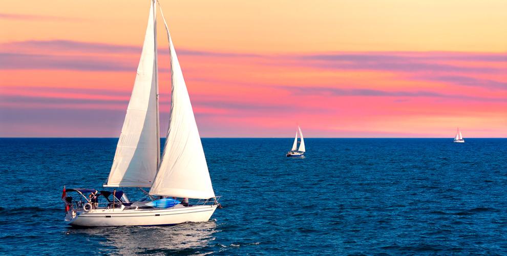 Обучение управлению и прогулка на парусной яхте в клубе SailMoscow