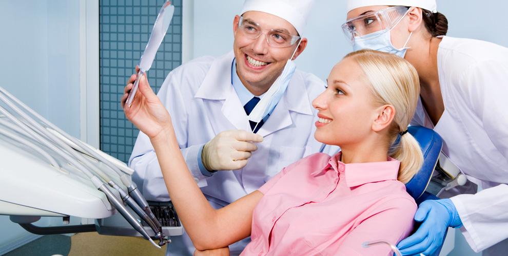 Установка коронки, имплантата и брекет-системы в стоматологии «ПрофДент»