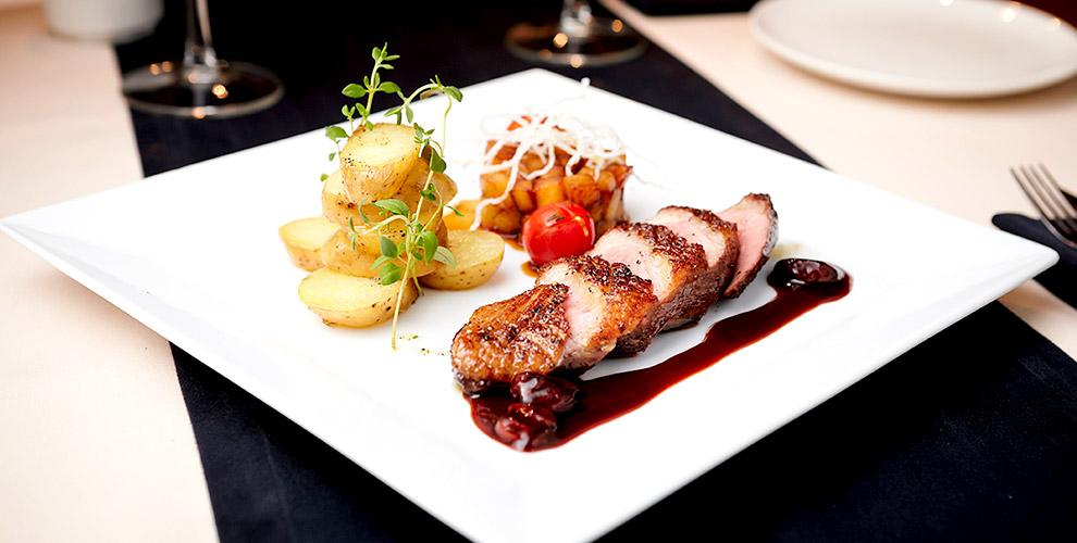 Романтический ужин, банкеты для компаний и меню в лаунж-кафе The Sherbet