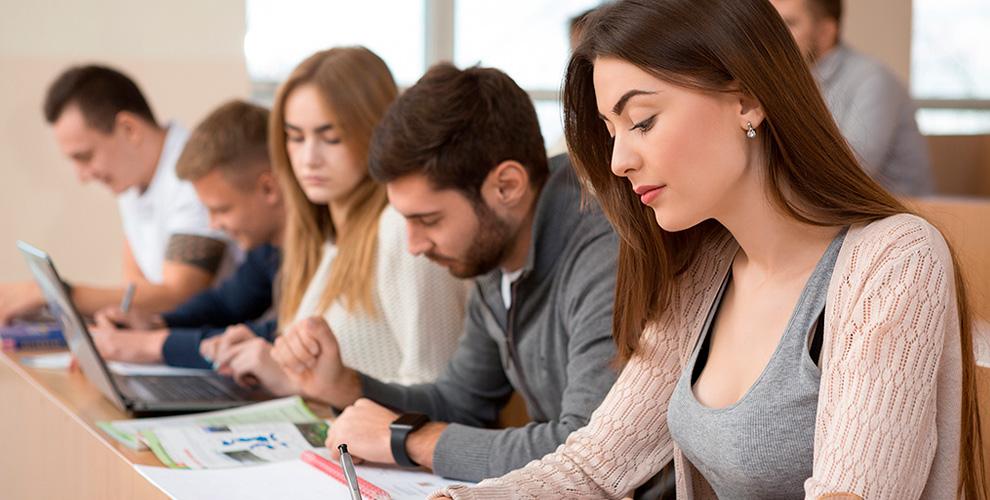 Обучение школьников в выходные дни по направлениям на выбор в сети центров «Юниум»