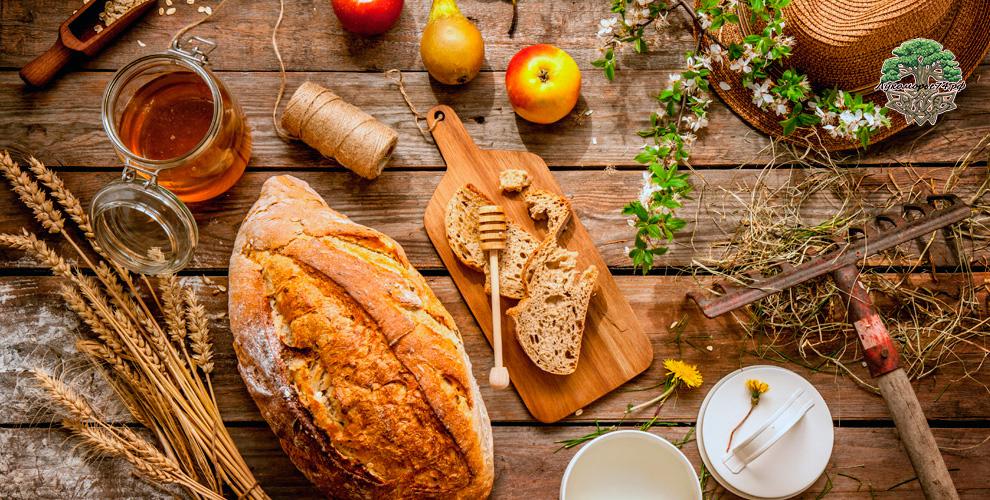 Мёд,сладости, хлеб, масло отмагазина натуральных продуктов «Лукоморье»