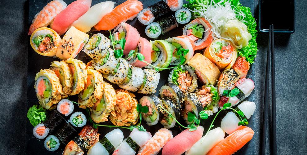 Меню японской кухни и другое в заведении «Нефть»
