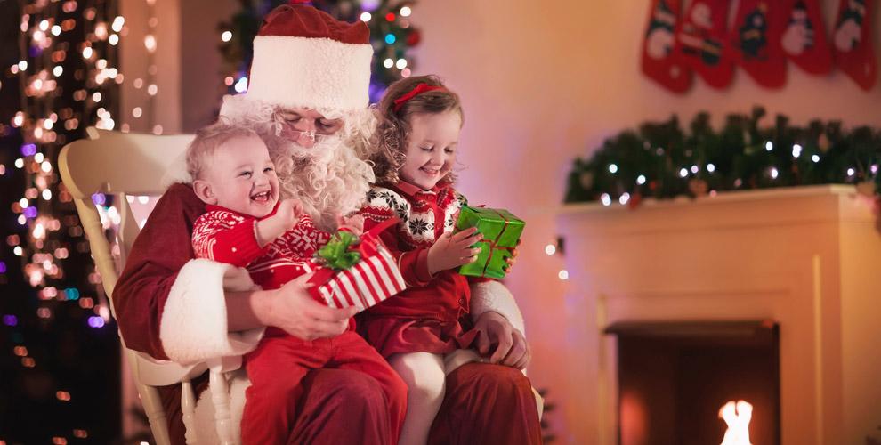 Поздравление Деда Мороза иСнегурочки отстудии ярких эмоций «Ассорти»