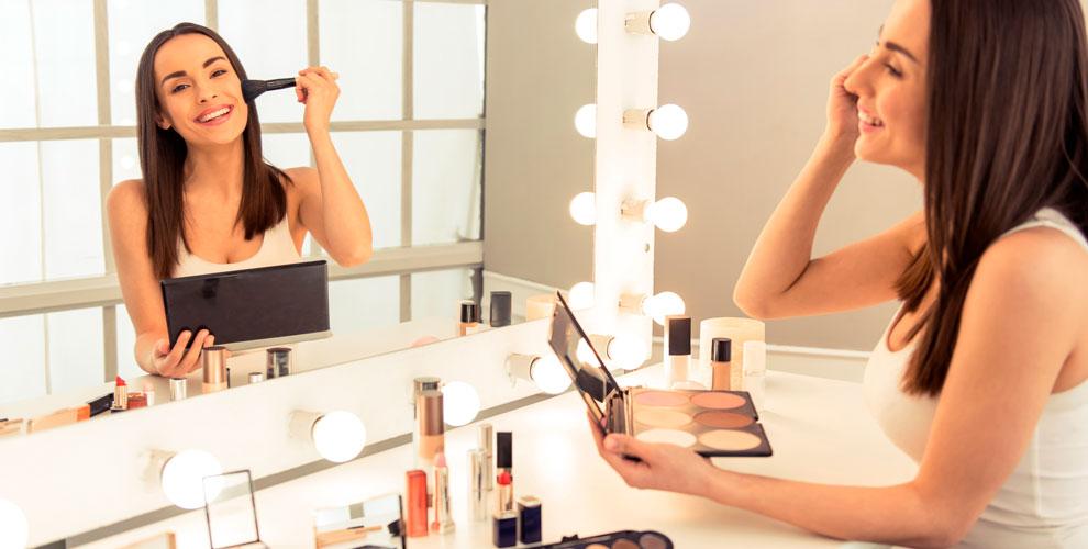 Мастер-классы «Повседневный макияж» и«Твоя ухоженная кожа» вшколе-студии «8марта»